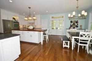 8-huge-kitchen-a