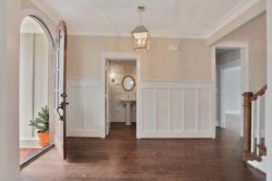 8619-Tempranillo-Lane-New-Kent-small-005-32-Foyer-666x445-72dpi