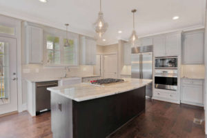 8619-Tempranillo-Lane-New-Kent-small-012-21-Kitchen-666x445-72dpi
